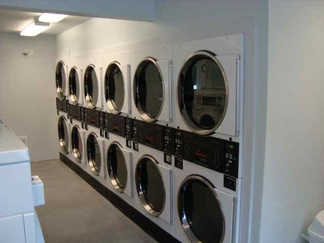 Port susan camping club the laundromat offers drop and fold next day services as well as do it yourself laundry it also sells espresso propane laundry needs and snacks solutioingenieria Gallery